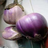 Italian Pink Bi-Color Heirloom Eggplant Seeds